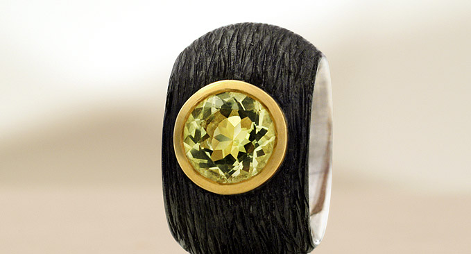 ca. 42g!!! 925 Silver blackened 16x5mm!!! 750 Yellow Gold Setting